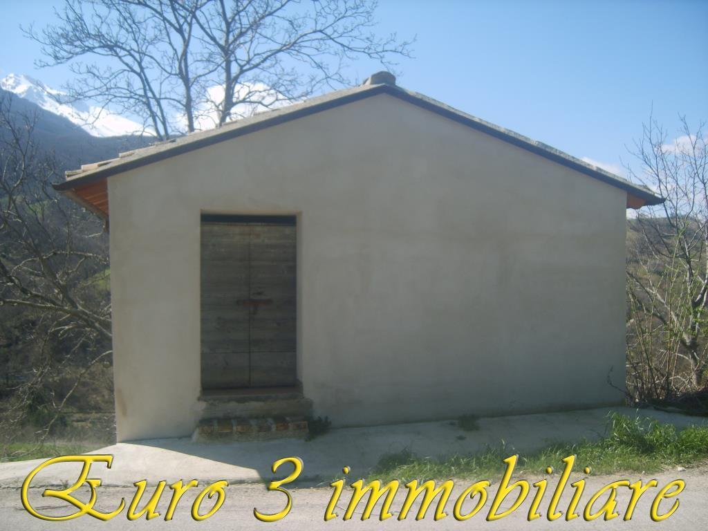 2429 CASOLARE VENDITA ARSITA
