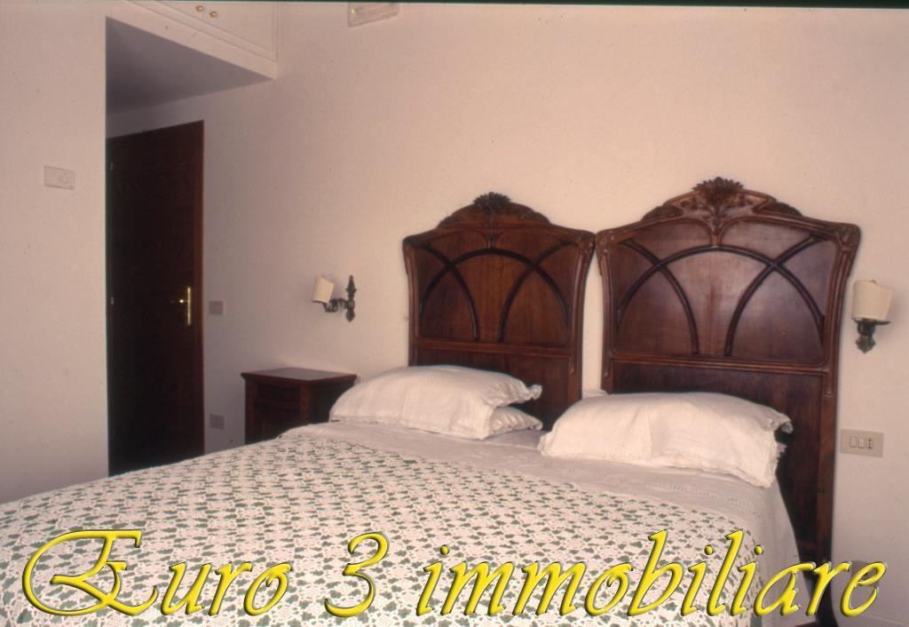 2483 CASOLARE VENDITA ASCOLI PICENO