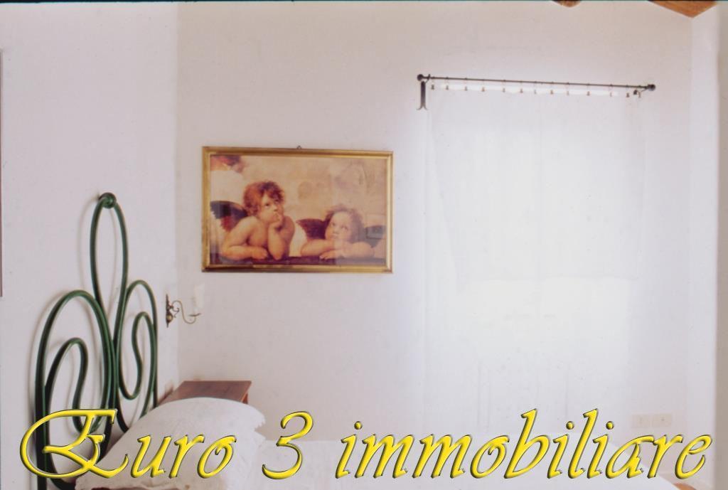 2483 CASOLARE VENDITA ASCOLI PICENO4