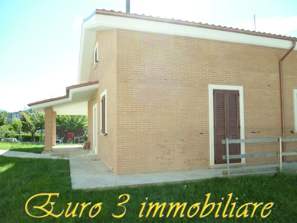 2491 VILLA VENDITA ASCOLI PICENO